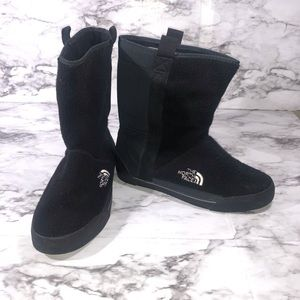 The North Face Black Ankle Fleece Snow Boots Size7